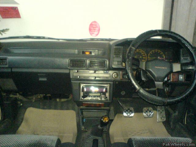 Toyota Corolla 2000 Interior. JAPANESE RECONDITIONED 2000