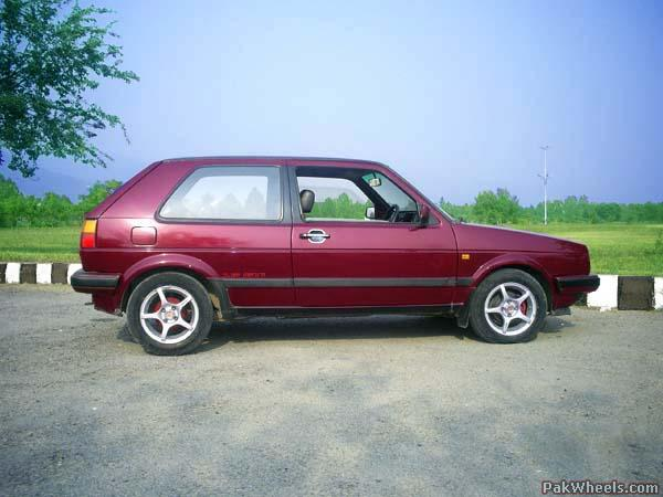 About the car: It is a 1987 VW Golf, 2-door, 1.3 petrol (NO CNG), AC,