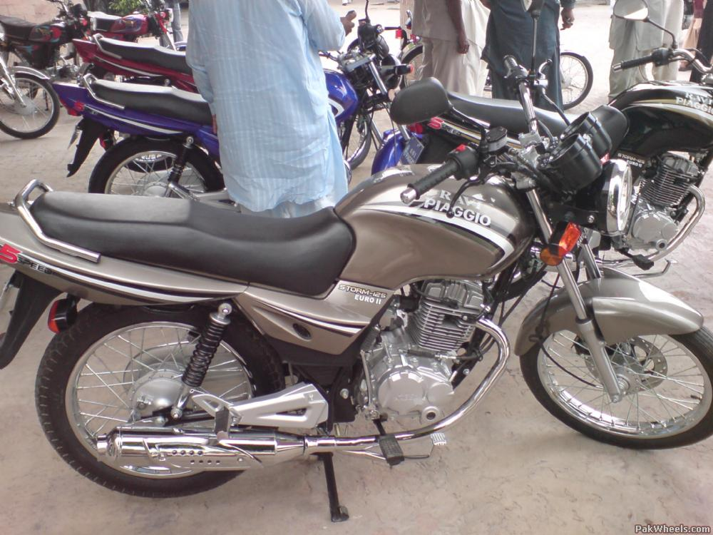 Ravi Piaggio 125... OR Suzuki Gs 150, which one to buy - dsc00150 YFU PakWheels com