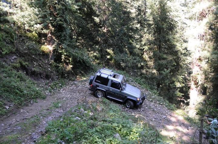 4x4Engaged?-Unaware, The Best Photo Contest . - 144116 4x4 Engaged  Vertical Limit  4x4 E Khanaspur 2 140