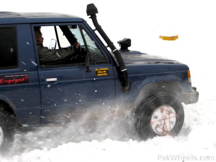 4x4Engaged?-Unaware, The Best Photo Contest . - 194537 Beyond 4x4Engaged  1st Jeep Snow Rally Malam Jabba 2011 IMG 2532a