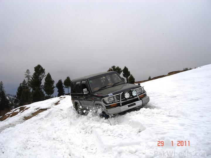 4x4Engaged?-Unaware, The Best Photo Contest . - 195486 Beyond 4x4Engaged  1st Jeep Snow Rally Malam Jabba 2011 DSC06370