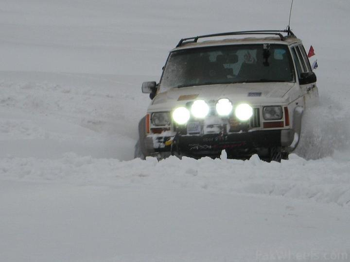 4x4Engaged?-Unaware, The Best Photo Contest . - 198486 Beyond 4x4Engaged  1st Jeep Snow Rally Malam Jabba 2011 IMG 2445a