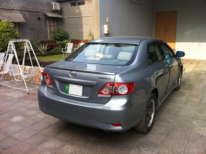 http://cache.pakwheels.com/forums/2010/attachments/Members---Member-Rides/185937-Toyota-corolla-2011-face-lifted-Picture-723.jpg