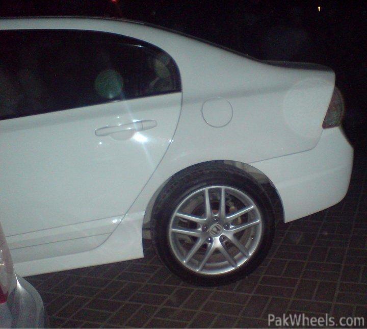 "New stuff 2011 Civic VTi ""Viper"" - 242001 New Stuff  2011 Civic VTi  quot VIPER quot  226594 fs  cl9 17s rims  amp  tyres DSC00664"